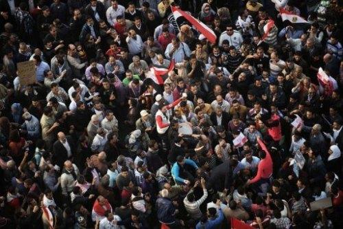 aegyptemanifestations_en_egypte_contre_morsi_qui_main