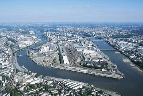 vue aérienne : île de Nantes