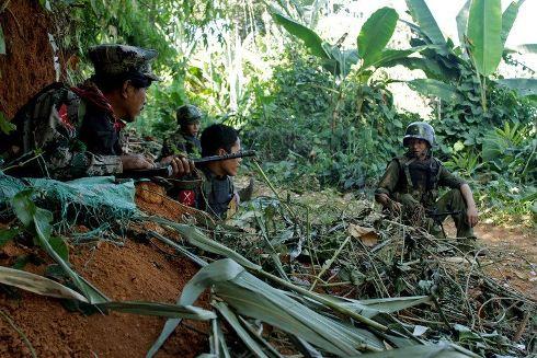 abirmanieles-rebelles-de-la-minorite-ethnique-kachin-le-20-janvier-20_984604