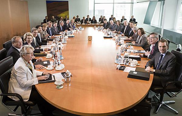 sem12avrg-Z7-Les-membres-du-gouvernement-allemand