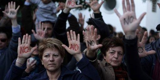 achypriotes-en-colere-contre-le-plan-de-sauvetage-q5
