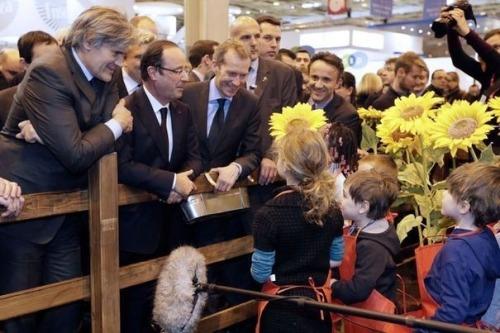 afrancois-hollande-c-le-23-fevrier-2013-au-salon-de-l-agriculture-a-paris
