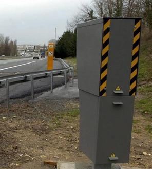 Les deux radars de l'autoroute A 10, sur l'agglomération de Tours, sont de véritables « cash machines ».
