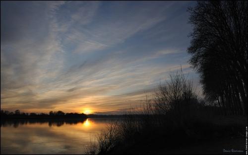 310 coucher de soleil sur la loire