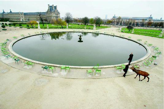 1136802_6_64a4_au-jardin-des-tuileries-pres-du-louvre_bacca9f7a3c415e215cc30504ea54c23
