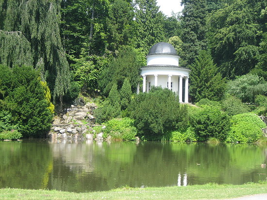 aBergpark-Schloss-Wilhelmshoehe