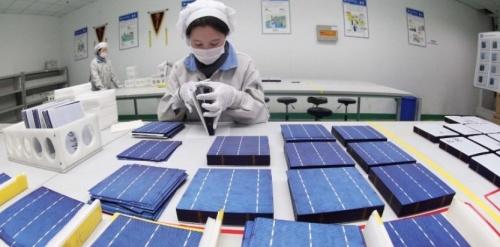 ano6166040-accord-amiable-entre-la-chine-et-l-europe-sur-le-photovoltaique
