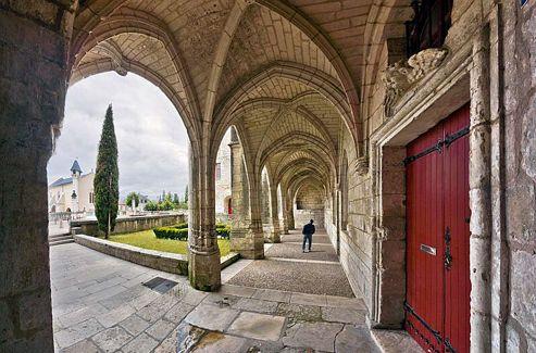 Les plus beaux villages de France: Brantome