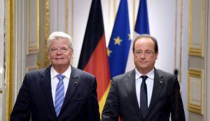 aoradourpresident-francois-hollande-d-et-son-homologue-allemand-joachim-gauck-lors-d-une-conference-de-presse-conjointe-le-3-septembre-2013-a-l-elysee_4027525