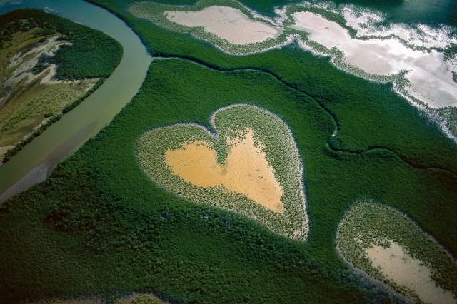yann-arthus-bertrand-photographie-coeur