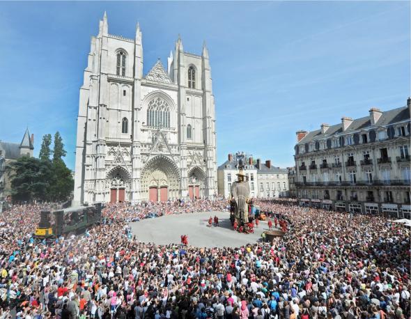 anantes petite géante cathédrale