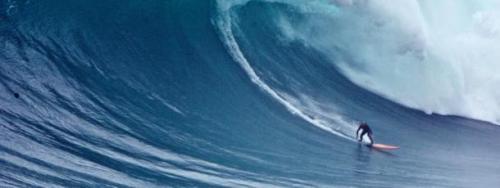 avaguenazare-tom-butler-sebastian-steudtner-surf