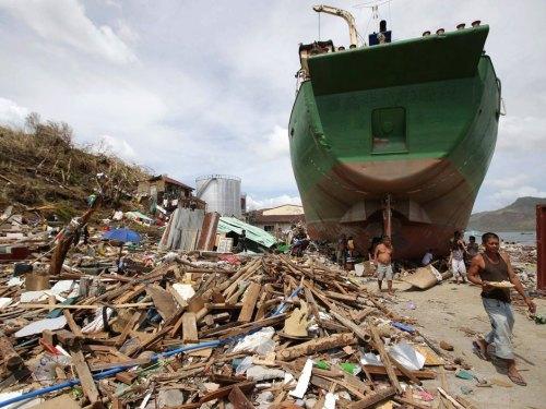 aphilippines_typhoon4