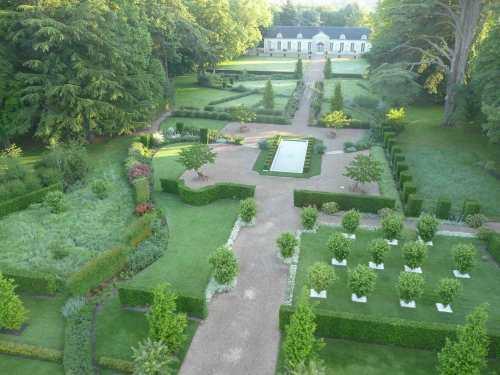 anrCheverny.jpg jardins