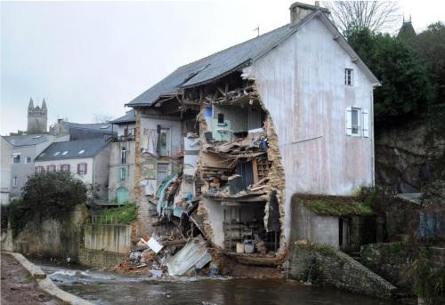 ainondationmaison-detruite-inondation-FRED-TANNEAU