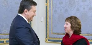 akiewukraine-ashton-a-kiev-pour-une-tentative-de-sortie-de-crise