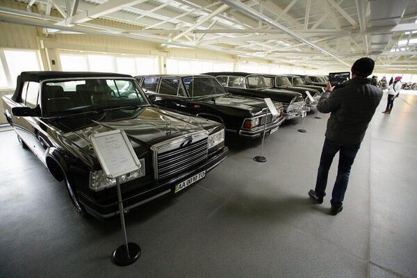 aukrainepalais-presidentiel-ianoukovitch-garage