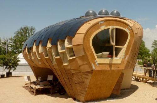Une maison colo pas comme les autres r sistance inventerre for Case futuristiche