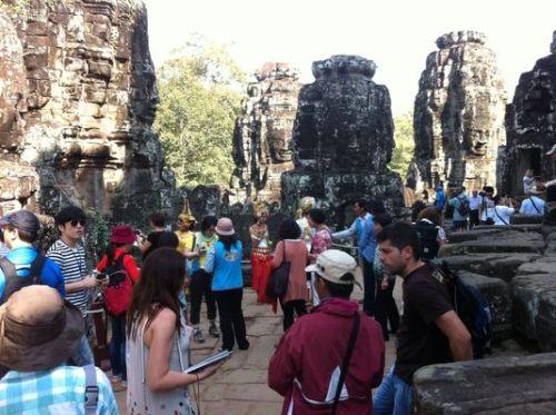 aangkorle-boom-du-tourisme-asiatique-est-en-marche_d422a3b0b5223127478e531bd92cebd9