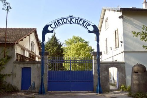 aariane 6_l-entree-de-la-cartoucherie-a-vincennes-ou_096c8d42494a2917345a1151bfdaaa9f