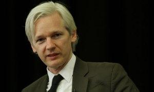 aJulian-Assange-007