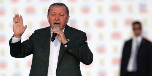 alemonde_recep-tayyip-erdogan-lors-d-un-meeting-a_3aac6bce9cad0735c112e13efedc8dbe