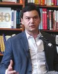 220px-Piketty_in_Cambridge_3_crop