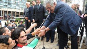 aprésident Uruguay121130_4s0kp_mediumlar_jose_mujica_sn635