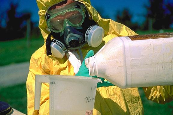 PesticideGear-PesticidePics-A_ML0002