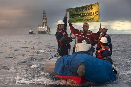 alemonde canariesle-15-novembre-2014-greenpeace-proteste-contre_005599d1e04545d96cb3f8443406567b