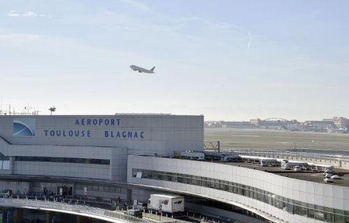 alibé-aeroport-de-toulouse-blagnac-le-19-novembre-2014