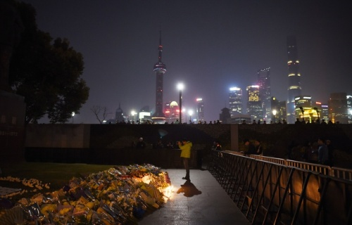 a20mchine-at-the-site-of-the-new-year-s-eve-stampede-in-shanghai-on-january-2-2015-the