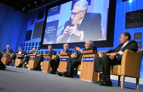 adavos-HenryKissinger-WorldEconomicForum-Davos-20080124