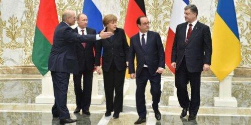 les-negociateurs-reunis-a-minsk-pour-tenter-d-arracher-un_1306256_667x333