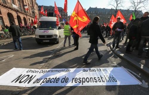 astrasbourg-le-9-avril-2015-manifestation-interprofessionnelle-dans-les-rues-de-strasbourg