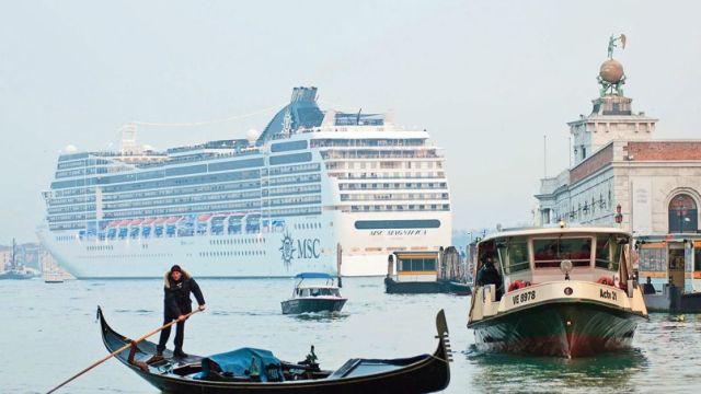 ITALY-VENICE-CRUISE SHIP