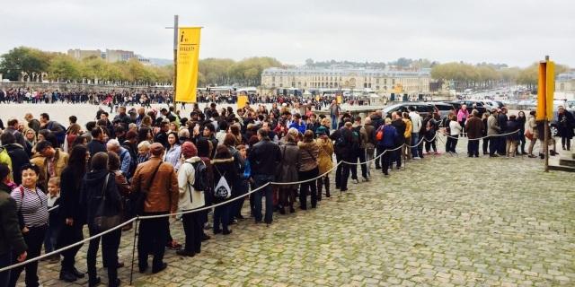 aattente Versailles