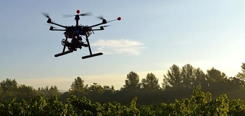 adronebiocarbon-engineering-startup-envisage-planter-milliard-d-arbres-an-drones