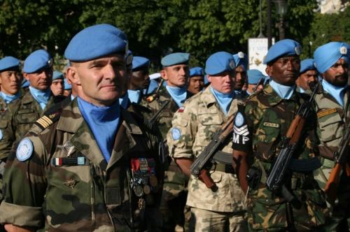14 juillet 2008, sur le thme de l'ONU, avec une importante reprŽsentations de chef d'Žtats et de gouvernements de diffŽrents pays de la MŽditŽrranŽe, sur les Champs ƒlysŽe. le lundi 14 juillet 2008 ( mots clŽs : 14 juillet onu dŽfilŽ cortge champs ŽlysŽe paris