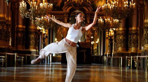 aopera-de-paris-dans-les-couloirs-du-palais-garnier-lors-de-20-danseurs-pour-le-xxe-siecle-le-19-septembre-2015-a-paris_5419213