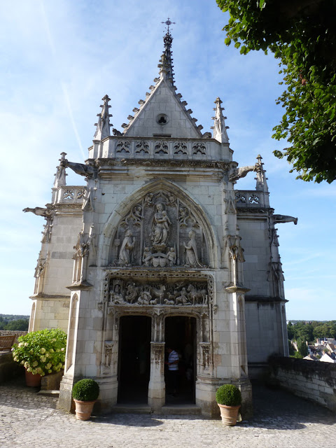 aclos lucé chapelle tombeau léonard4