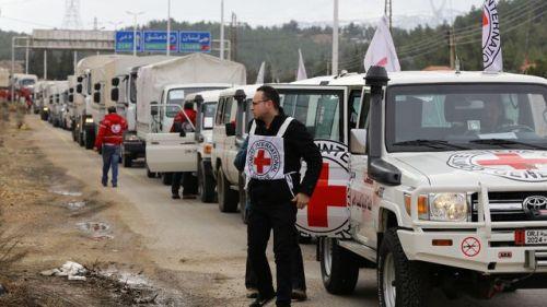 amadayaun-convoi-d-aide-humanitaire-de-la-croix-rouge-aux-portes-de-madaya-en-syrie-le-11-janvier-2015_5495874