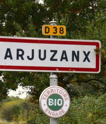 arjuzanx_premier_village_bio_de_france