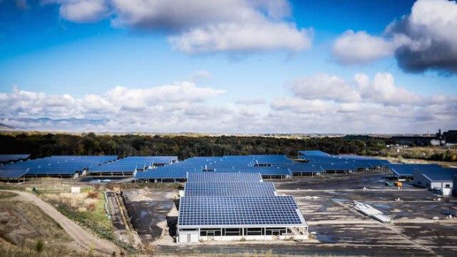 La commune a initié la plus grande centrale photovoltaïque d'Alsace.