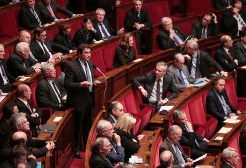 4910389_6_5b13_le-groupe-parlementaire-les-republicains-s-est_241d79b59f6718496e61122a00441c42
