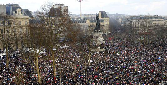 4911789_6_0745_la-marche-pour-l-unite-republicaine-place-de_548618347fe03591995325f0b5c29152
