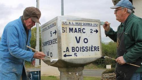 Borne (4) Michel Berthelot + André Bianco