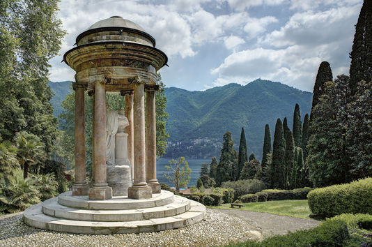4925560_6_cf66_vue-du-jardin-de-la-villa-d-este_bde4c80d309c97795c6b275a2b427ad9