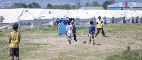 5051032lpw-5051222-article-grece-refugies-camps-jpg_3722693_660x281