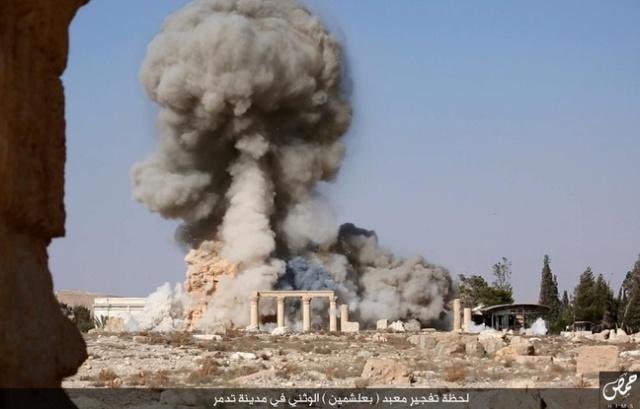648x415_image-issue-video-diffusee-etat-islamique-montrant-vraisemblablement-destruction-temple-bel-palmyre-syrie